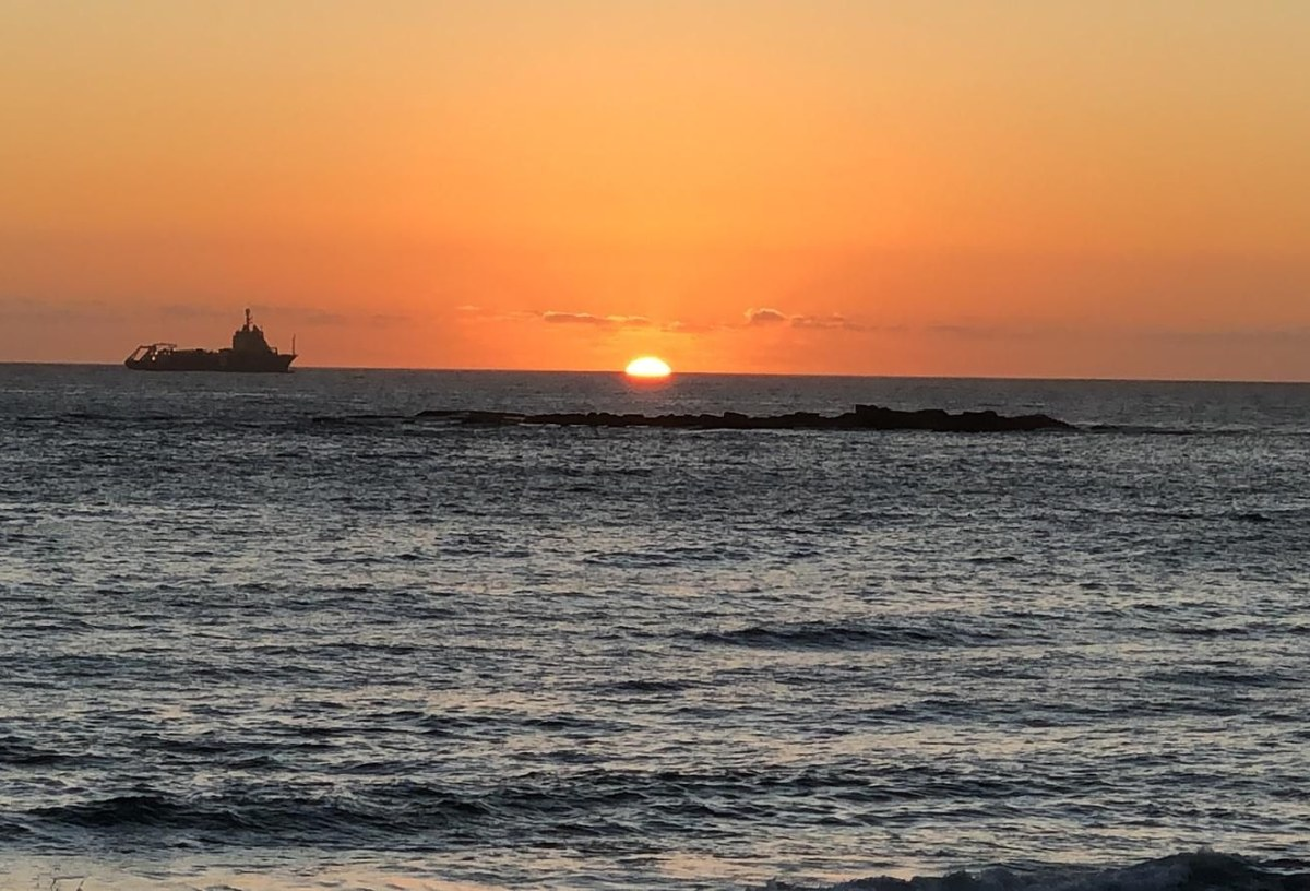 Sydney Travel , Coogee beach to Bondi beach walk, journeysays ,
